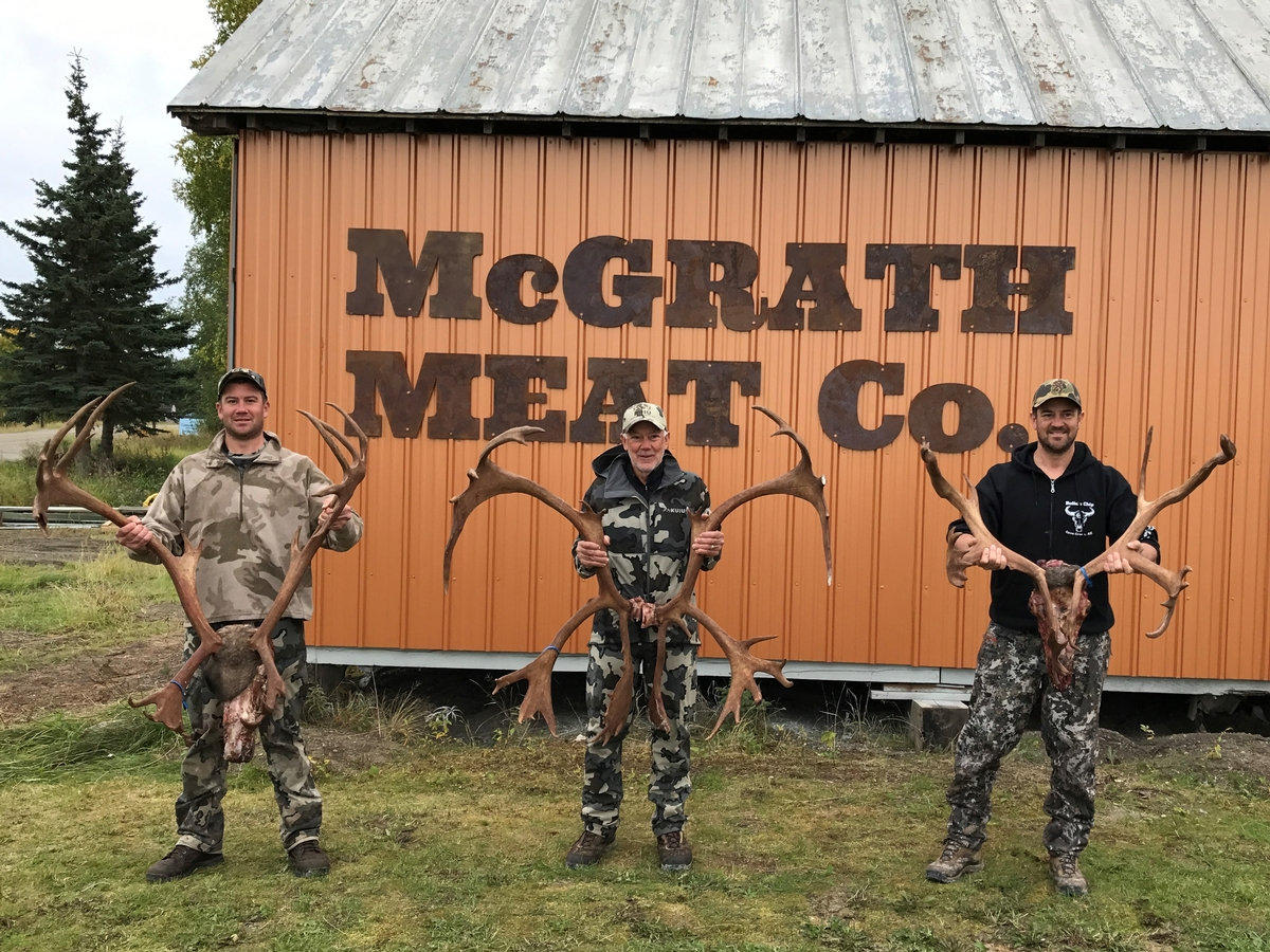 Caribou, Black Bear, Grizzly, Wolf, & Wolverine Hunts